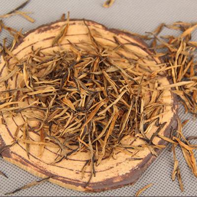 云南凤庆 滇红茶 全手工理条红茶金针 浓香经典芽茶松针