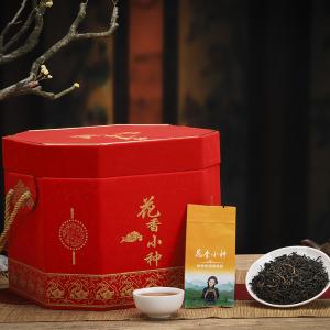 花香正山小种武夷山红茶新功夫红茶原味小种八角桶礼盒装一斤500g