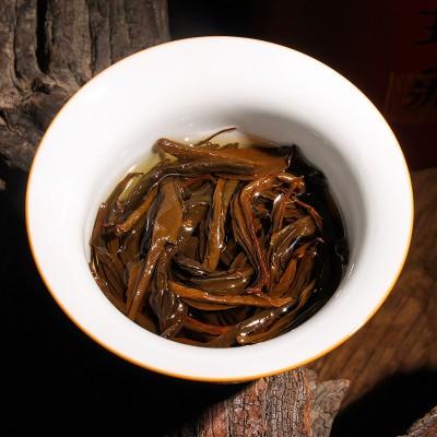 滇红茶250g云南滇红茶凤庆红茶特级花香功夫红茶 礼盒装红茶中国红