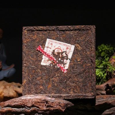 2010年勐海老茶 普洱茶砖1000g熟普 云南普洱茶