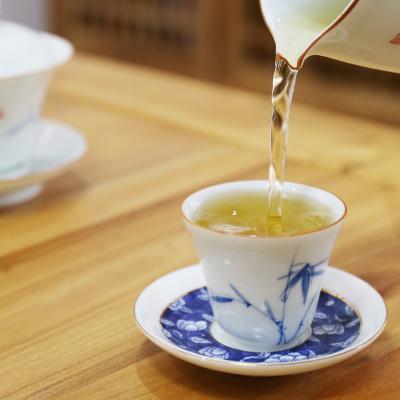 2018年春茶福鼎白茶白牡丹白茶饼管阳高山茶300克/饼