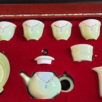 青瓷翡翠绿手绘描金茶道组礼盒装