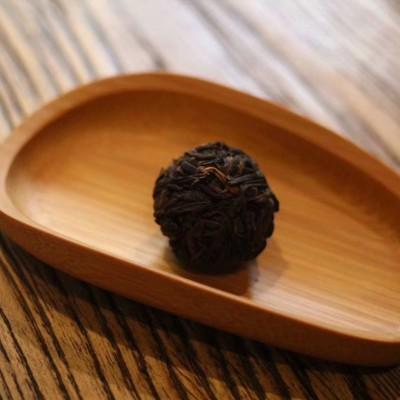 2013年 龙珠  勐海茶 老茶  手工捏制  陈香 普洱茶 250克