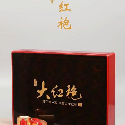 """正岩大红袍礼盒装,香气馥郁有兰花香,香高而持久,""""岩韵""""明显。"""