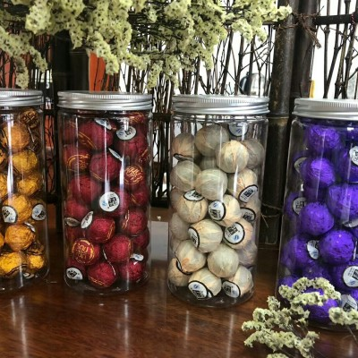 2013年,枣型白茶龙珠多款颜色 ,一罐250克。