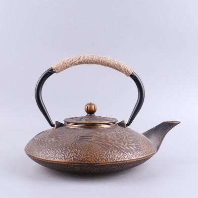 双铁铸铁壺,有茶漏,铁盖铁梁,900毫升容量
