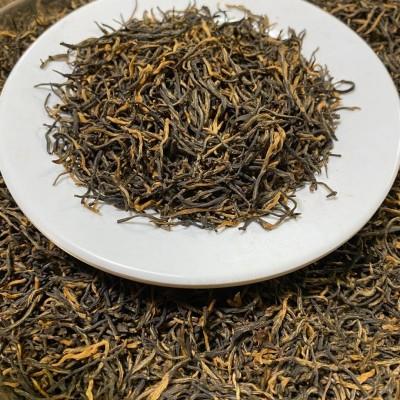 刚刚出炉的金骏眉,条形很细,蜜香味足,口感好,耐泡,经济实惠口粮茶