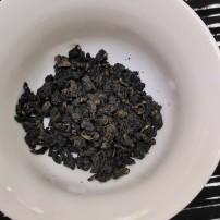 正宗高山奇兰茶汤清澈透亮,入口绵柔悠香,杯香持久,