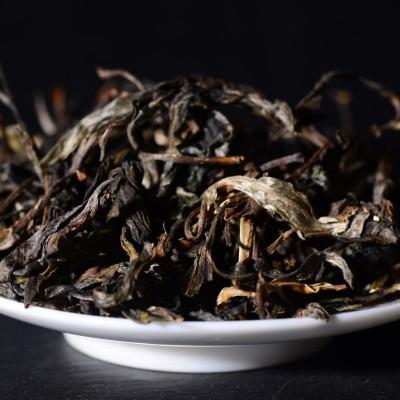 2021年布朗山纯料80年大树茶600克