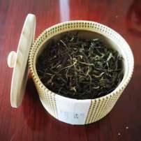 正宗普洱古树茶(塔卡)50年以上树年,可免费打包压饼都可。
