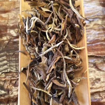 2011年春寿眉老白茶