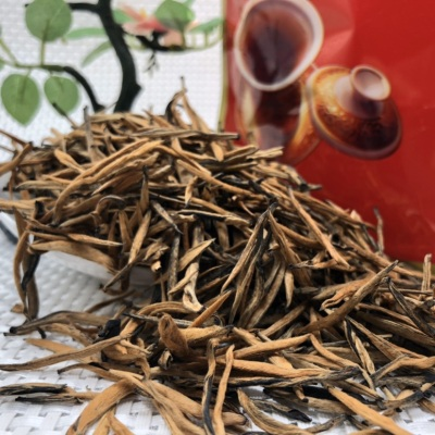 凤庆滇红,金针大直芽,实惠一斤装。