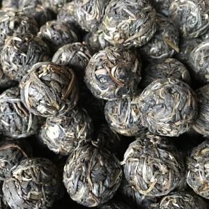 2018年布朗山橄榄橄榄寨古树头春龙珠、方便携带。1000克/份