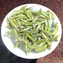 2020年福鼎白茶米粒芽明前白豪银针 茶农自家茶园一手价格 一斤装