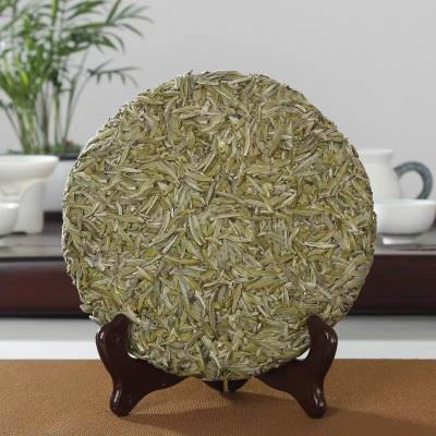 2020年福鼎高山白茶明前白毫银针白茶饼白茶茶叶300g