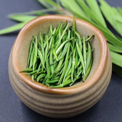 云南早春茶2021年明前春尖单芽青针绿茶普洱春茶绿茶500克一份礼盒