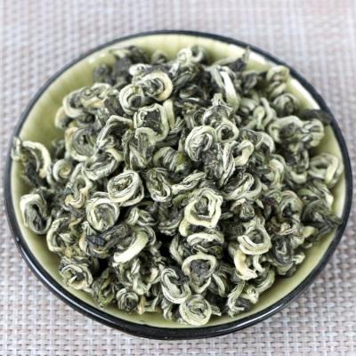 2021年新云南绿茶一芽二叶明前碧螺春500克特级云南高山绿茶礼盒罐装