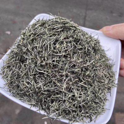 明前高香信阳毛尖 每一颗都是芽,豆香味很浓。生津解渴、清心明目提神醒脑