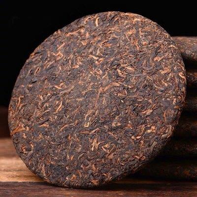 云南普洱茶第一村熟茶饼布朗山老班章熟茶一片68元包邮