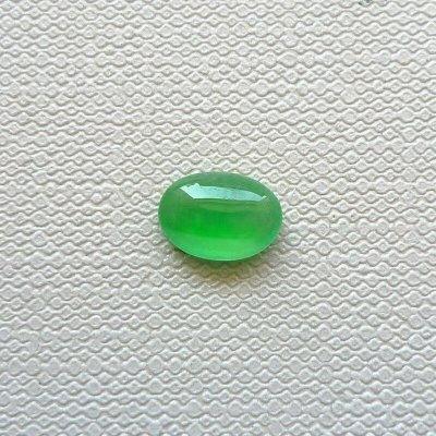 翡翠玉石冰种阳绿蛋面戒面H0330-1价格:680尺寸:7.1*5
