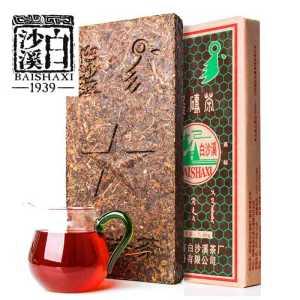 湖南安化白沙溪安化黑砖茶1600克,买5片35元每片。