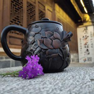 建水紫陶茶壶纯手工浮雕制作