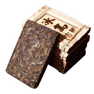 冰岛古树笋叶装2015云南特产普洱生茶砖200g纯料(偏远地区不包邮)
