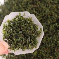 青山绿水又简称小叶苦丁茶,小叶苦茶清凉降火的效果明显又有绿茶的清甜