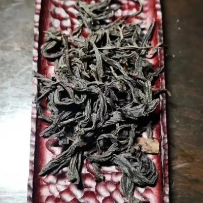 正山小种,产自福建桐木关,茶汤甘甜醇厚,耐泡